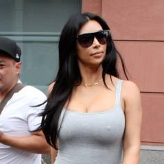 Kim Kardashian enceinte et sexy : la bimbo sort la robe moulante pour une session shopping