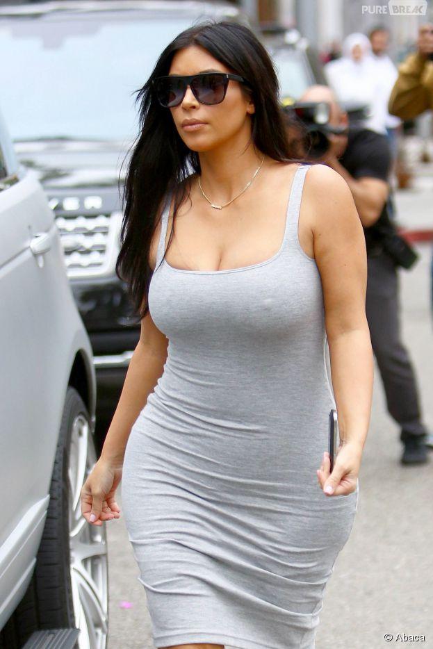 Kim kardashian sexy dans une robe moulante los angeles for Le divan 9 juin 2015
