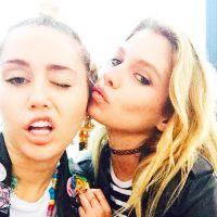 """Miley Cyrus en couple avec une mannequin Victoria's Secret ? """"Elles sont bel et bien ensemble"""""""