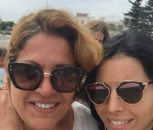 Siham Bengoua avec sa maman lors de son séjour au Maroc
