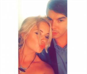 Ashley Benson et Tyler Blackburn en couple ?