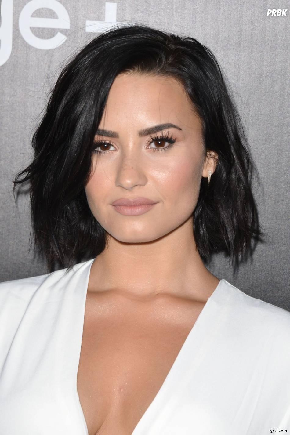 Demi Lovato très décolletée à une soirée Samsung, à Los Angeles, le 18 août 2015