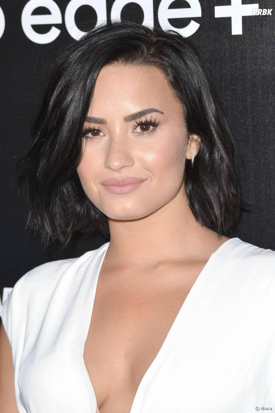 Demi Lovato souriante à une soirée Samsung, à Los Angeles, le 18 août 2015