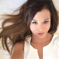 EnjoyPhoenix (re)devient brune : sa nouvelle couleur de cheveux dévoilée sur Instagram