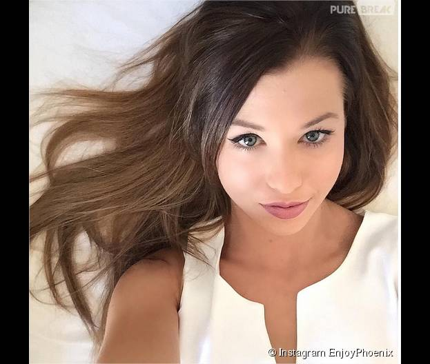 enjoyphoenix re devient brune sa nouvelle couleur de cheveux d voil e sur instagram. Black Bedroom Furniture Sets. Home Design Ideas