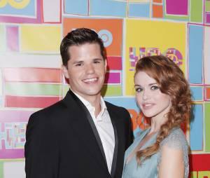 Holland Roden et Max Carver en couple