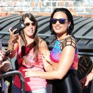 Demi Lovato sexy en mini-short et proche de ses fans avant son live chez Jimmy Kimmel