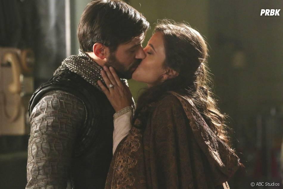 Once Upon a Time saison 5, épisode 4 : Joana Metrass (Guenièvre) et Liam Garrigan (Arthur) sur une photo