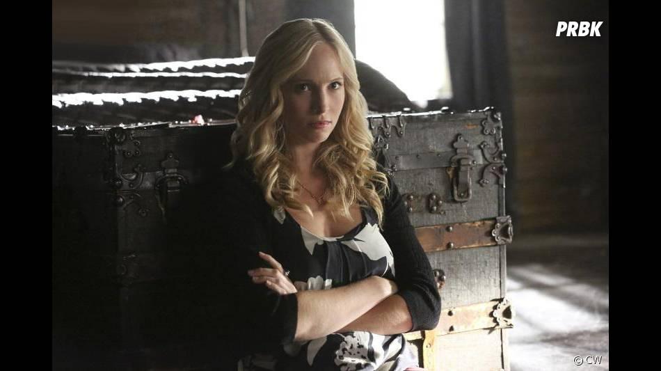 The Vampire Diaries saison 7, épisode 3 : Candice Accola (Caroline) sur une photo