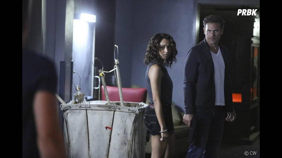 The Vampire Diaries saison 7, épisode 3 : Kat Graham (Bonnie) et Matt Davis (Alaric) sur une photo