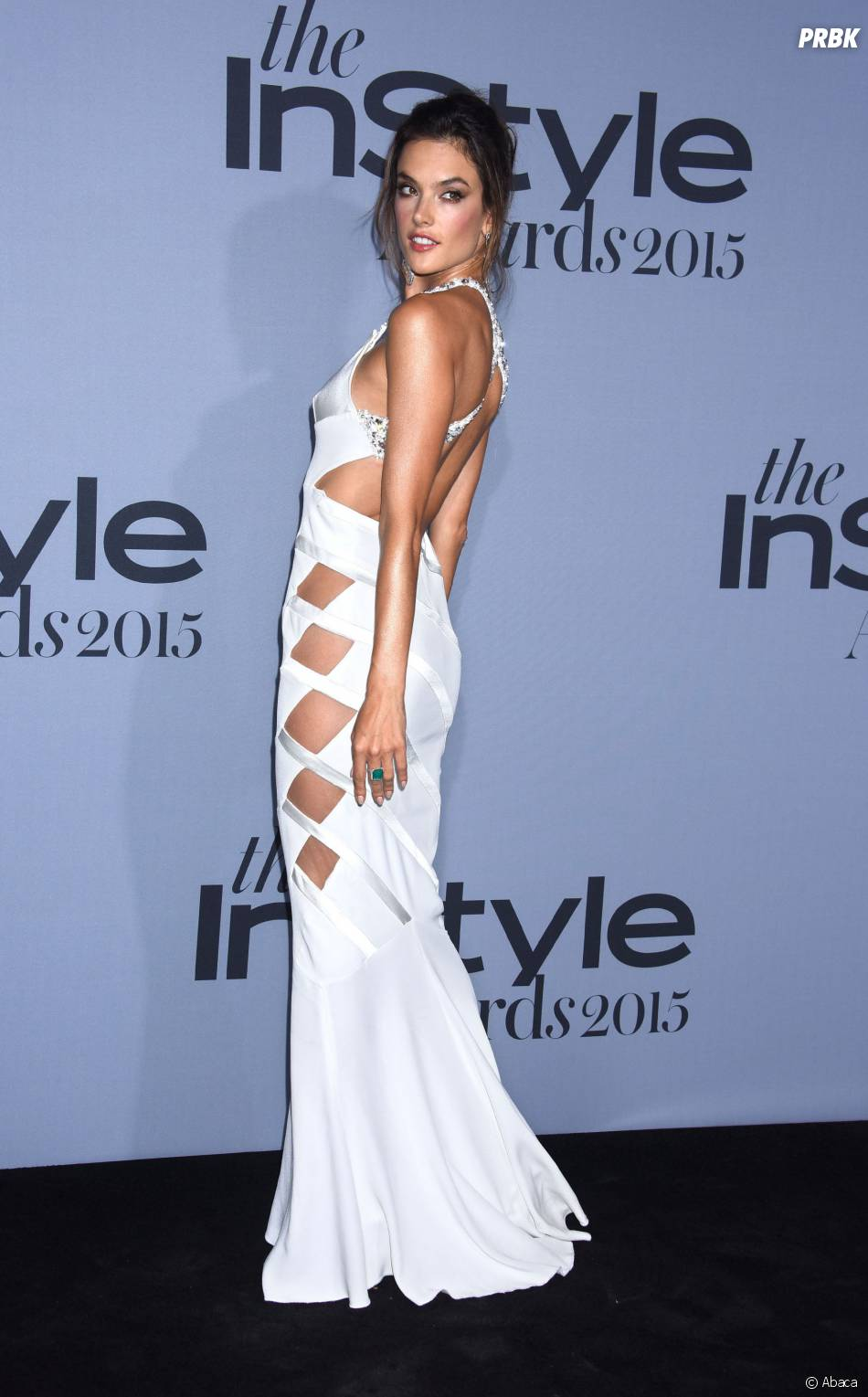 Alessandra Ambrosio sexy aux InStyle Awards le 26 octobre 2015 à Los Angeles