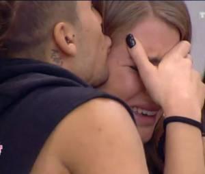 Emilie (Secret Story 9) en larmes à cause du faux secret de Rémi