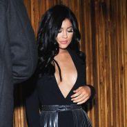 Kylie Jenner ultra décolletée pour une soirée en amoureux avec Tyga