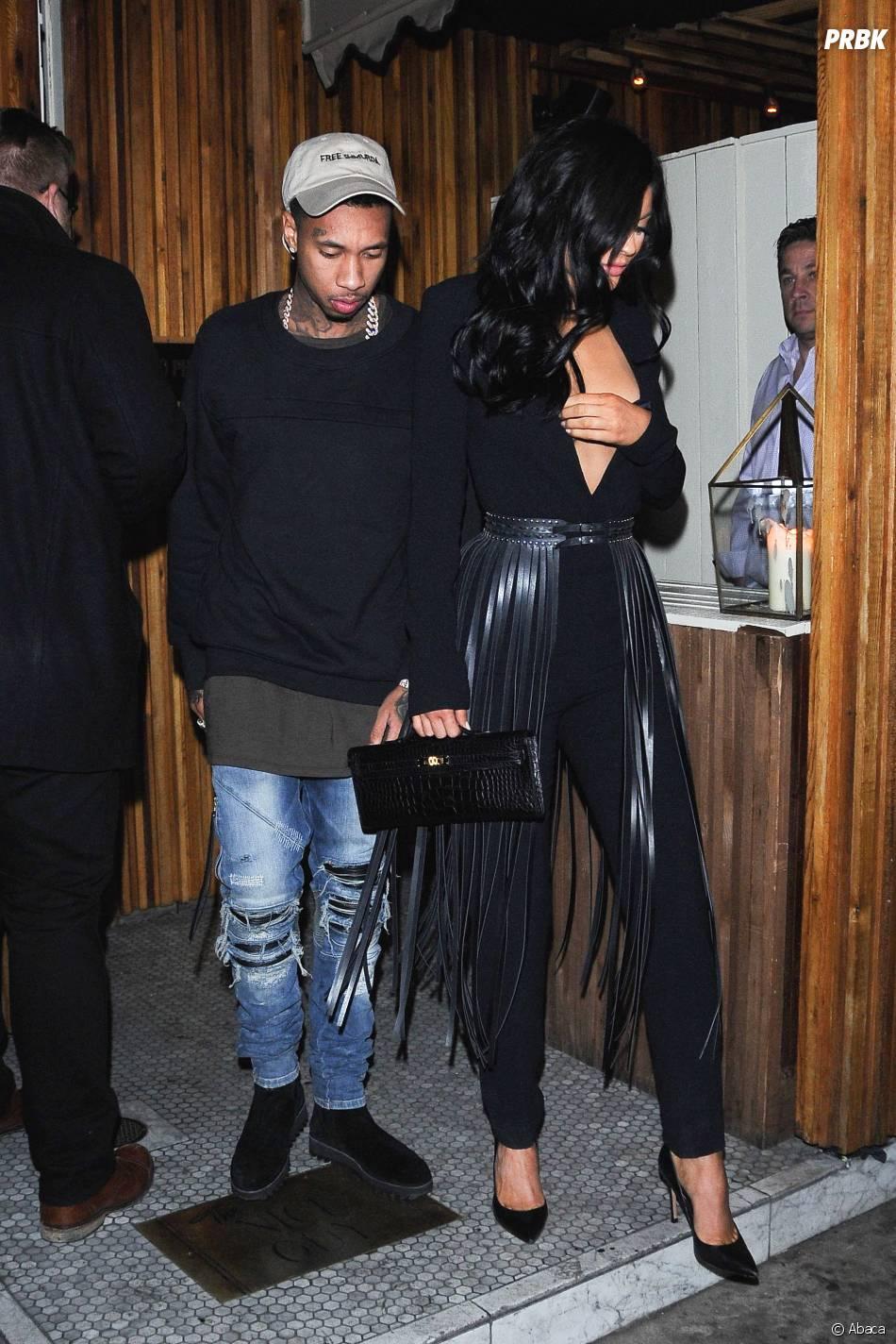 Kylie Jenner sexy pour une soirée avec Tyga, à Los Angeles, le 12 novembre 2015