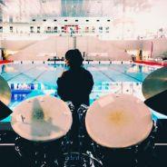 Shy'm : nouveau plongeon en plein concert... dans une piscine !