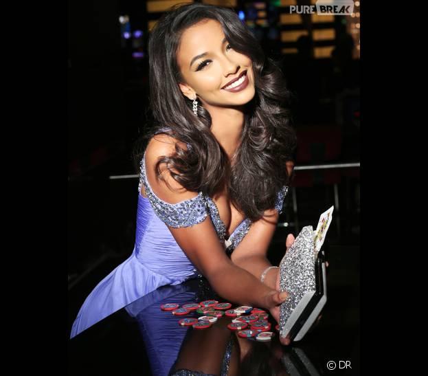 Flora Coquerel (Miss France) sexy pendant les répétitions de l'élection Miss Univers 2015