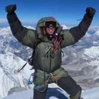 Deux alpinistes escaladent l'Everest et filment tout sur Snapchat : la story à couper le souffle