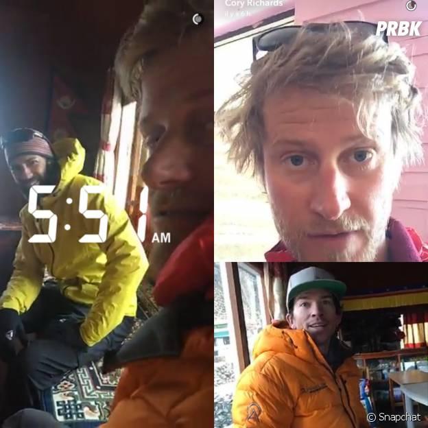 Les deux alpinistes partagent leur aventure sur Snapchat