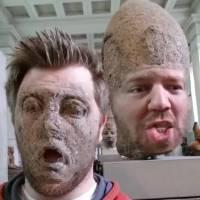 Cet Anglais s'éclate à faire des Face Swap au musée et le résultat est parfait