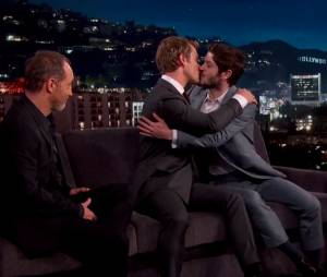 Game of Thrones saison 6 : Theon et Ramsay s'embrassent chez Jimmy Kimmel