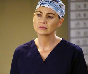 Grey's Anatomy saison 12, épisode 20 : Meredith (Ellen Pompeo) sur une photo