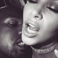 Kim Kardashian et Kanye West : leurs photos TRÈS intimes sur Snapchat cassent (encore) internet