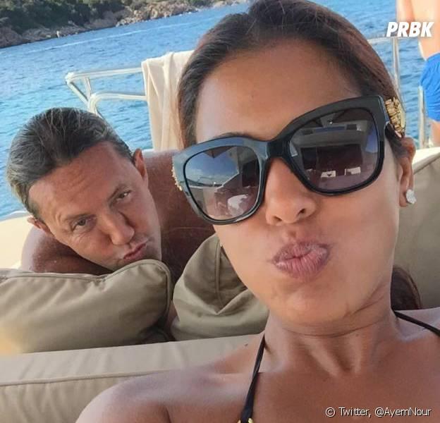 Ayem Nour pose avec Vincent Miclet pour démentir les rumeurs.