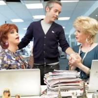 Yann Barthès : Catherine et Liliane tournent en dérision son départ et c'est très drôle